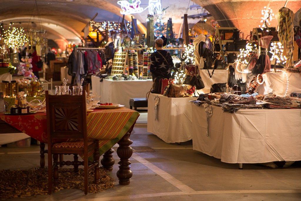 Weihnachtsmarkt Traben Trarbach.Mosel Wein Nachts Markt Der Weihnachtsmarkt In Traben Trarbach An